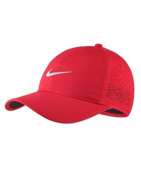 NIKE WOMEN'S PERFORATED ADJUSTABLE GOLF HAT - SIREN RED